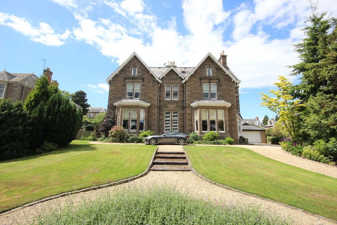 Craigroyston, 125 Glasgow Road, Perth, Perthshire, PH2 0LU