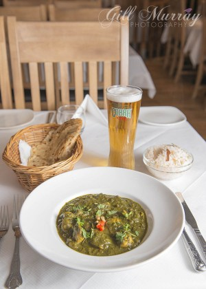 Palak Murgh (Chicken with Spinach) With Aloo Gobi