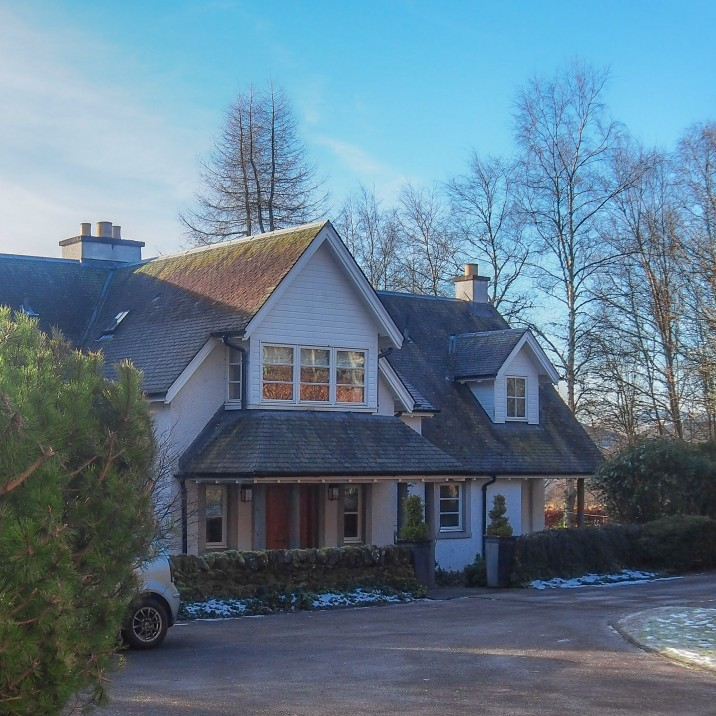 An exceptional house providing luxury self catering accomodation set in the grounds of Ochertyre Estate in Crieff, Perthshire.