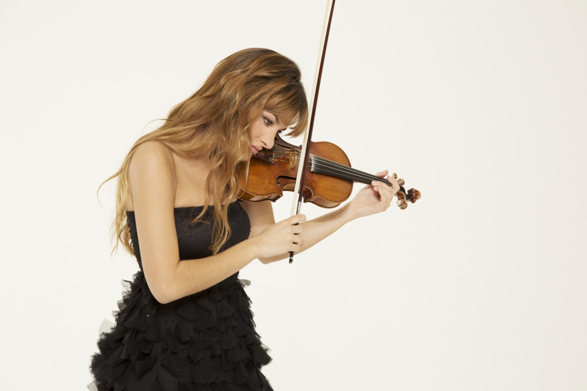 Horsecross Events - Nicola Benedetti in Recital