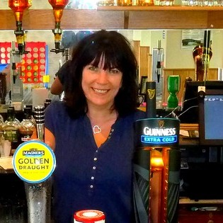 Pauline and her team look forward to welcoming you!