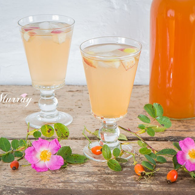 A delicious cordial made with Rosehip.