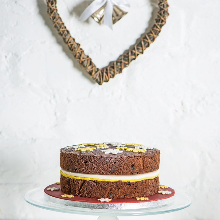 Make your Christmas Cake the talked about centre-piece!