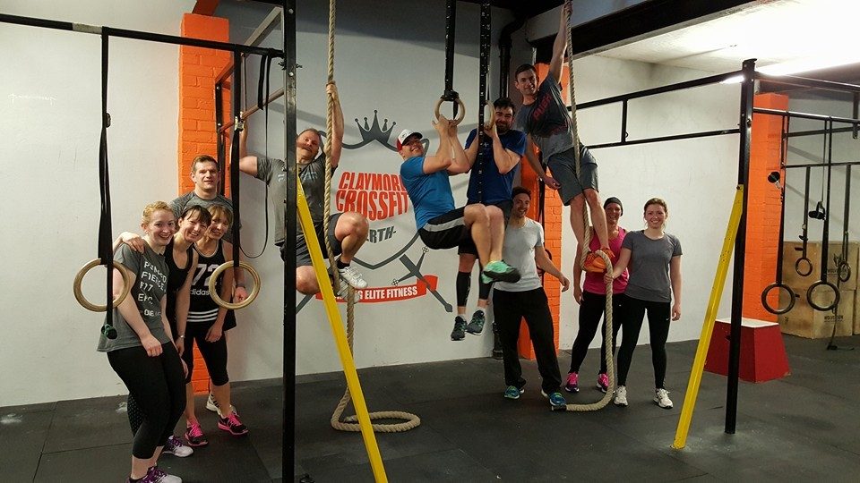 Wellbeing Claymore Crossfit hanging around