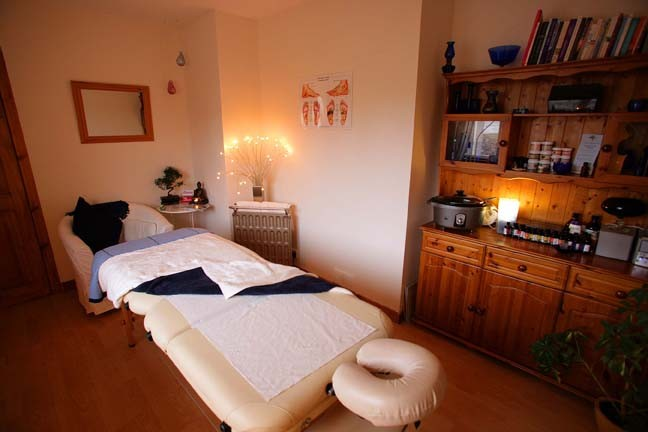 Wellbeing Lynne McDonald treatment room