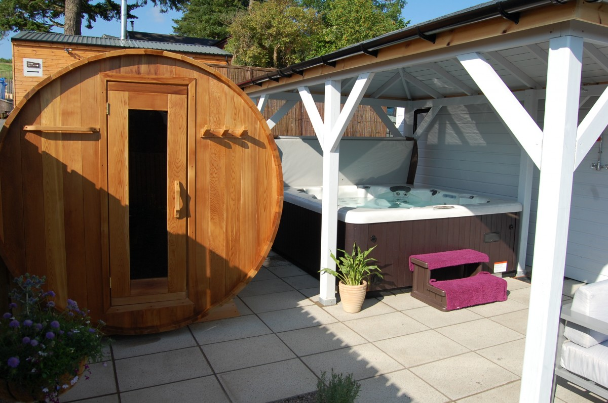 Spa Uniq hot tub