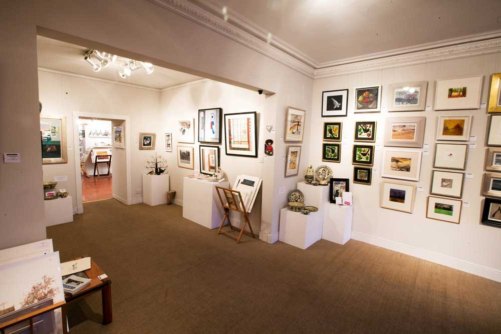 FRAMES GALLERY - Picture of Gallery
