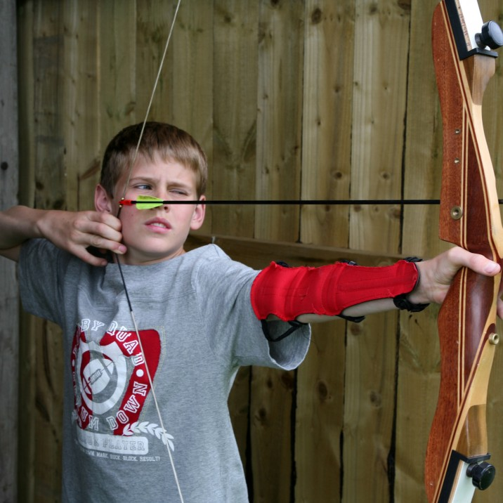 Outdoor Adventures Action Glen archery