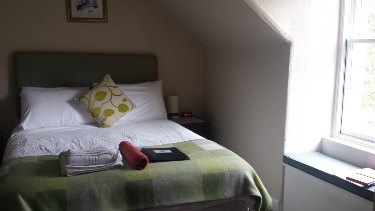 Jessie Macs Bed