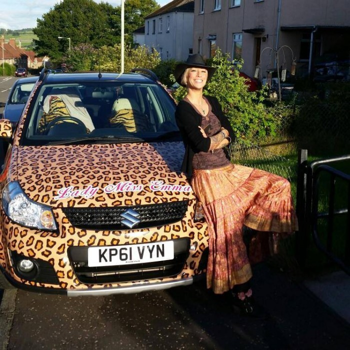 PODCAST - Leopard print car
