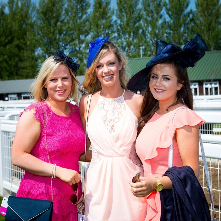Looking great ladies! We loved all the different outfits and hats on the day.