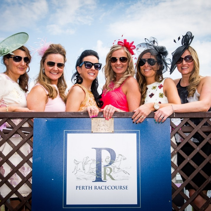 Perth Racecourse has a packed calendar of events throughout the summer.  One of the highlights is Ladies day and it couldn't have been a better day this year!