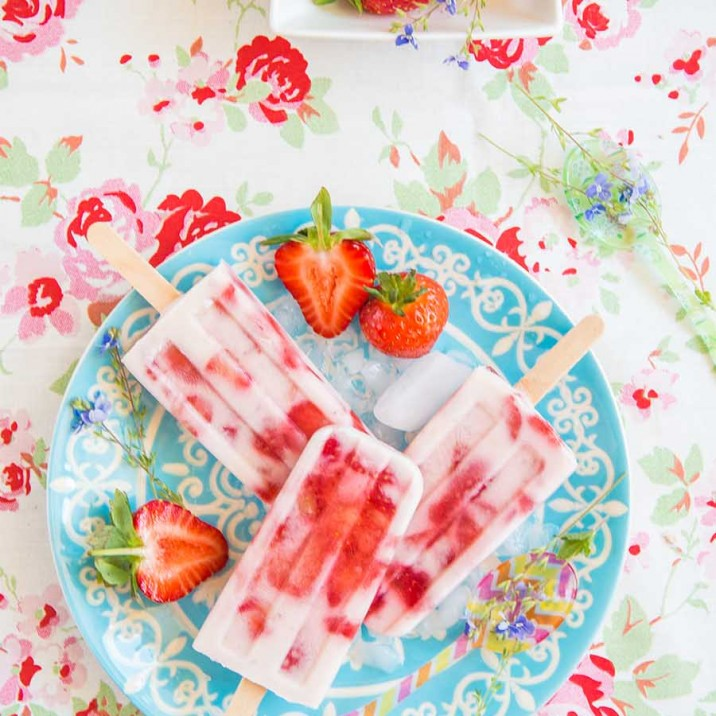 This week Gill has gone all summery and made some strawberry and cream ice lollies. These are perfect for long summner nights in the garden and healthy for the kids to cool down and snack on.