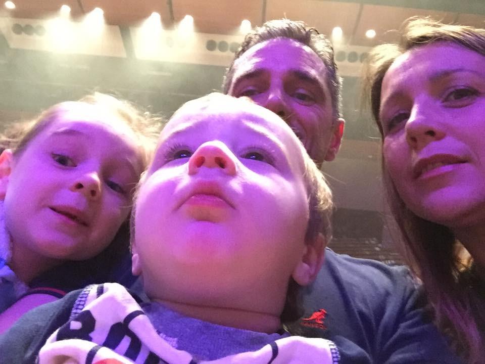 SUZI SMITH - Family Pic