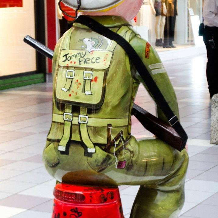 Lesley D McKenzie designed this soldier inspired Oor Wullie. This is a tribute to our soldiers present and past.