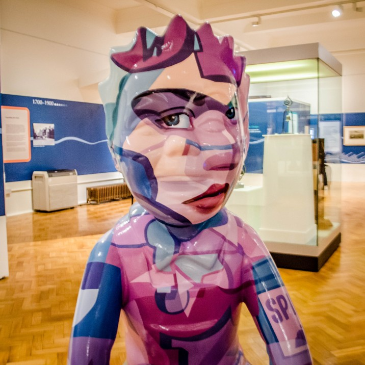 This pink Oor Wullie with a hidden face in it is aptly called �Where�s Wullie� and was created and designed by Stuart McAlpine Miller.  Stuart  took inspiration from a number of sources. This Oor Wullie can be seen at Perth Musuem & Art Gallery