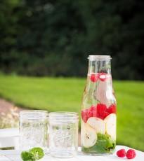 Summer Detox Water - Raspberry, Pear & Mint