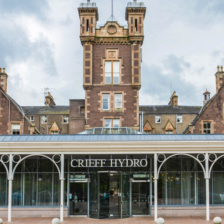 This week Gill visited Crieff Hydro and got the Small City Recipe of Shetland Mussels with Leek, Smokey Bacon & Cider courtesy of The Brasserie at Crieff Hydro.