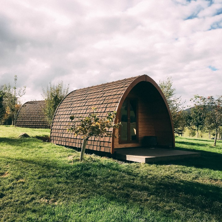 These pods are set amongst a lovely peaceful setting