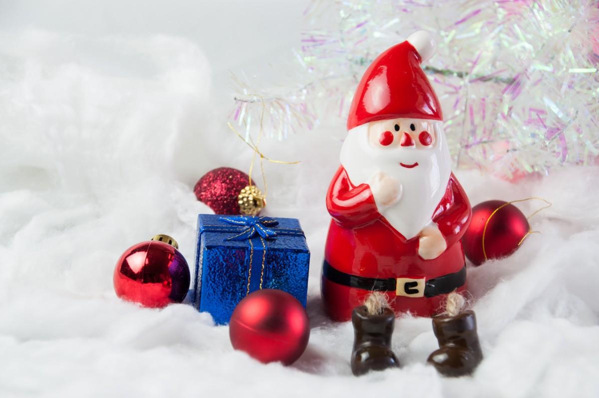 Christmas Gift Guide Glendoick toy Santa