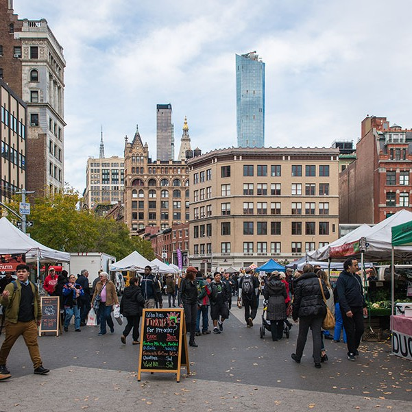 Green Market In New York where Gill got the Quince for this weeks #SmallCityRecipe