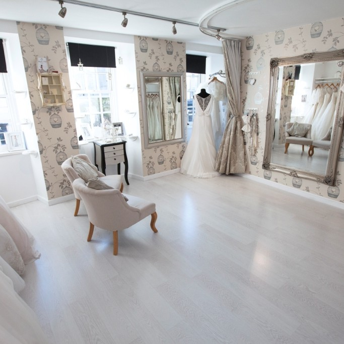 Alison Kirk Bridal is an award winning boutique located in South Street in Perth city centre.