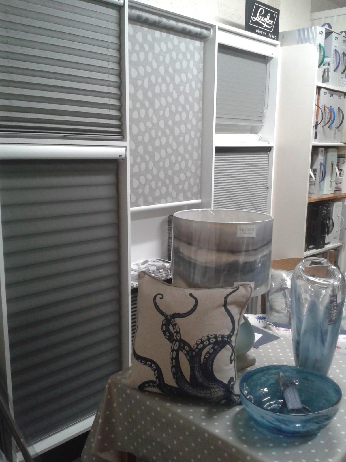 Acorn blinds
