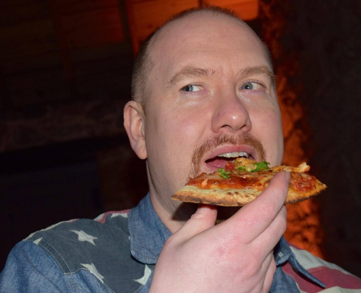 POLICE DOG HOGAN - Colin eating Pizza
