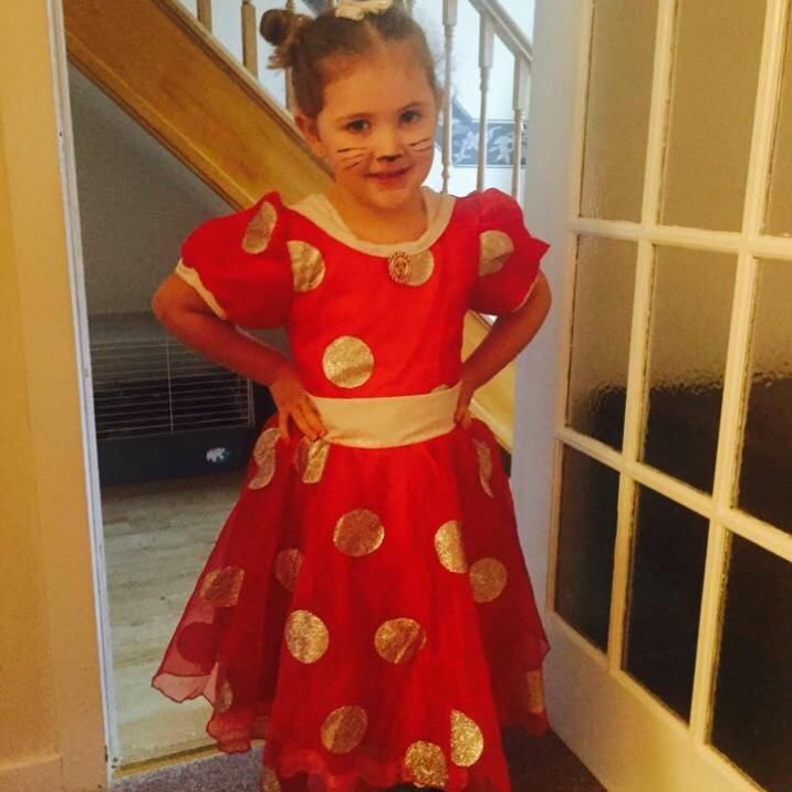 Mia Mia Duthie (just turned 5) as Minnie Mouse, she looks so cute!