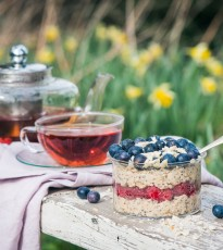 Overnight Blueberry & Raspberry Chia Oats