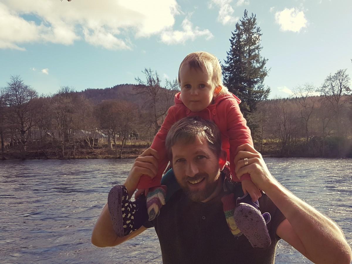 Freya Dads shoulders