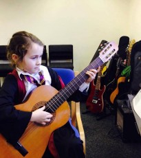 Learn to Play Guitar sessions for all ages