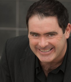 Des McLean brings his brand new stand up show to Perth, for one night only!