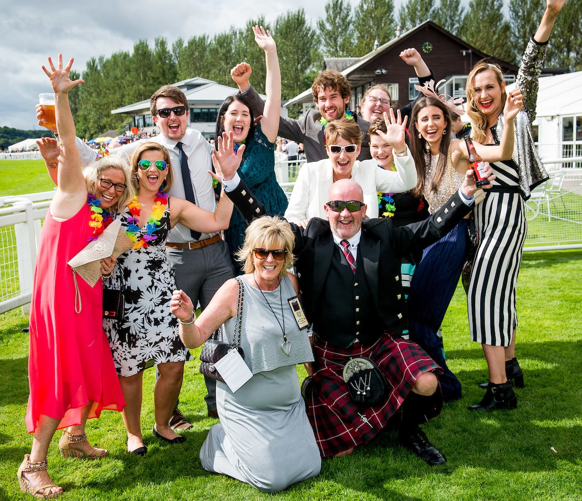 The biggest crowd of the season will flock to Perth Racecourse for a mixture of first-class jump racing and brilliant summer entertainment