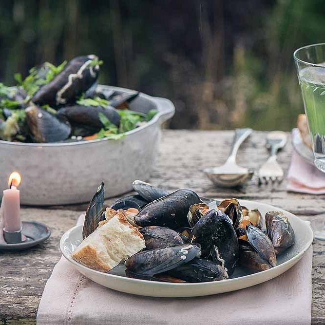 Hebridean Mussels - On Plate