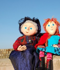 Find out how Red Riding Hood's Magic Purse saves the day in this delightful puppet show!