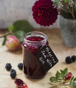 Delicious homemade jam with Gin! This hedgerow jam recipe uses the best wild Scottish berries and a good glug of gin - perfection!