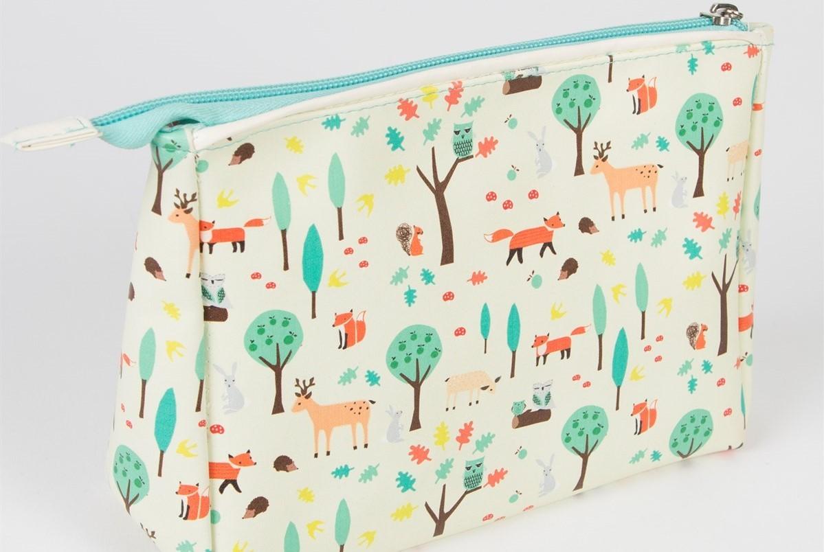 d26975aea Make up bag Perth woodland Giraffe gift shop