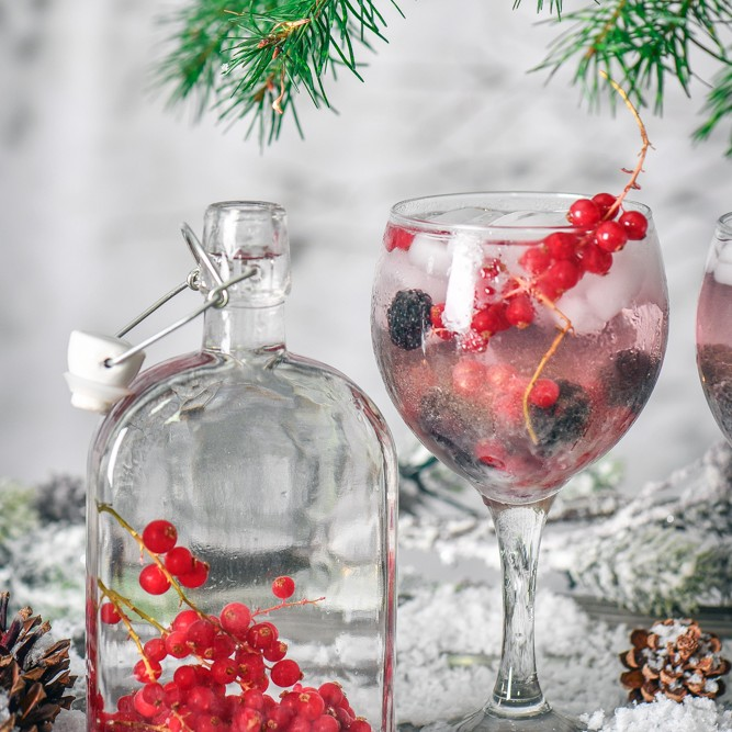 Make your own gin this Christmas and enjoy this tasty red currant gin or gift a bottle to a gin loving friend or family member.