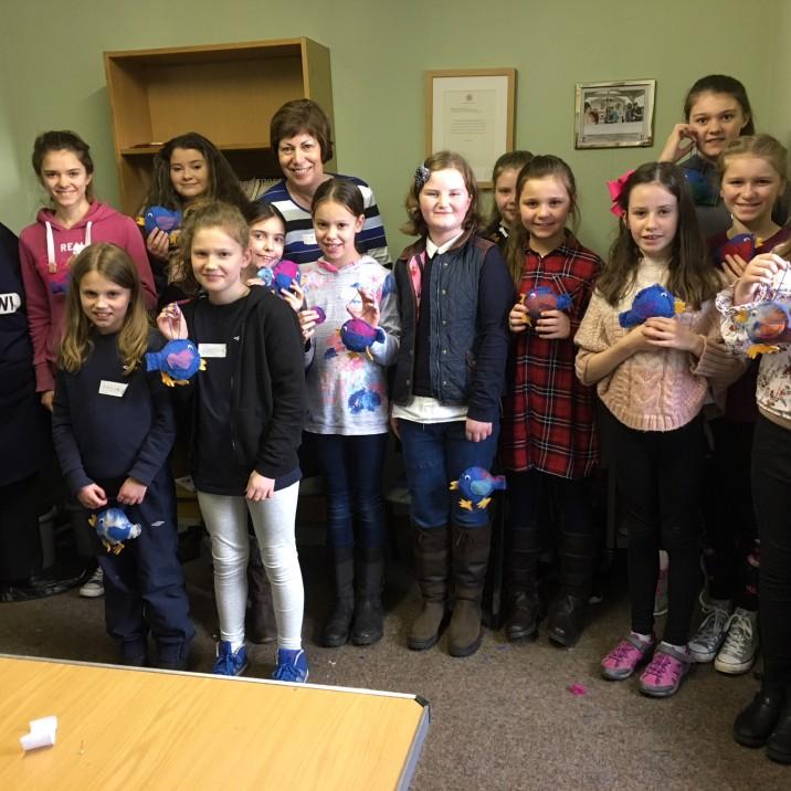 SWI Perth Juniors Dippers crafting kids