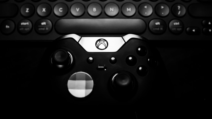 Xbox Controller and Computer Keypad