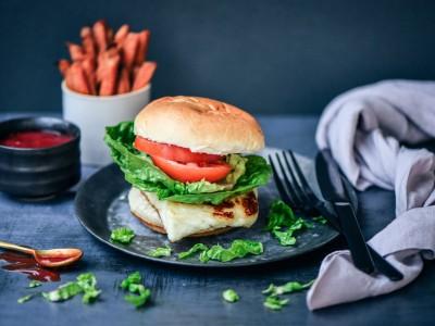 Halloumi Burger with Homemade Tomato Sauce