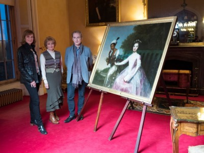 TV team set to solve portrait puzzle