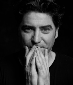 Multi-platinum selling singer-songwriter Brian Kennedy brings a fantastic live show to Perth Theatre.