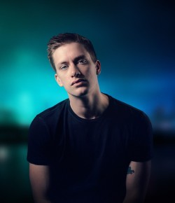 Fast becoming one of the world's biggest comedy names, Scotland's own Daniel Sloss makes an overdue return to Perth!