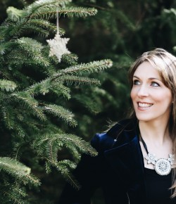 One of Scotland's very best singers in any genre, Emily Smith brings her annual Christmas show to Perth for the first time.
