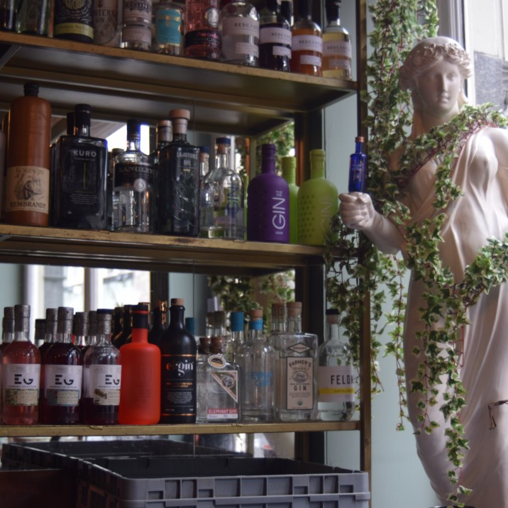 Perth's Café Quarter: inside Perth's hub of eateries, bars & pubs.