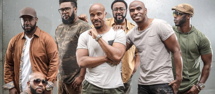 Naturally 7 are a hugely talented American music group with an amazing a cappella style they call 'vocal play', which, according to group leader Roger Thomas, is 'the art of becoming an instrument using the human voice to create the sound'.