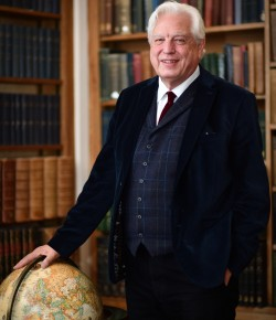 Join John Simpson for a fascinating afternoon, sharing his experiences as a reporter and tales from his travels.