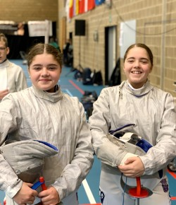 Honor & Lucia Paul : Fencing Doubles